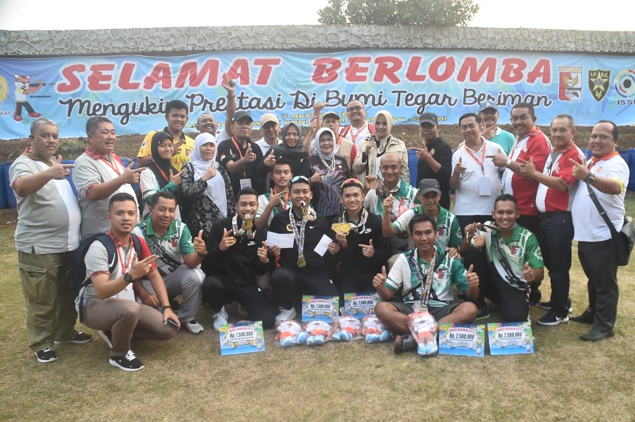 Bupati Bogor Berikan Semangat Kepada Atlet Kabupaten Bogor Melalui Kedatangannya.