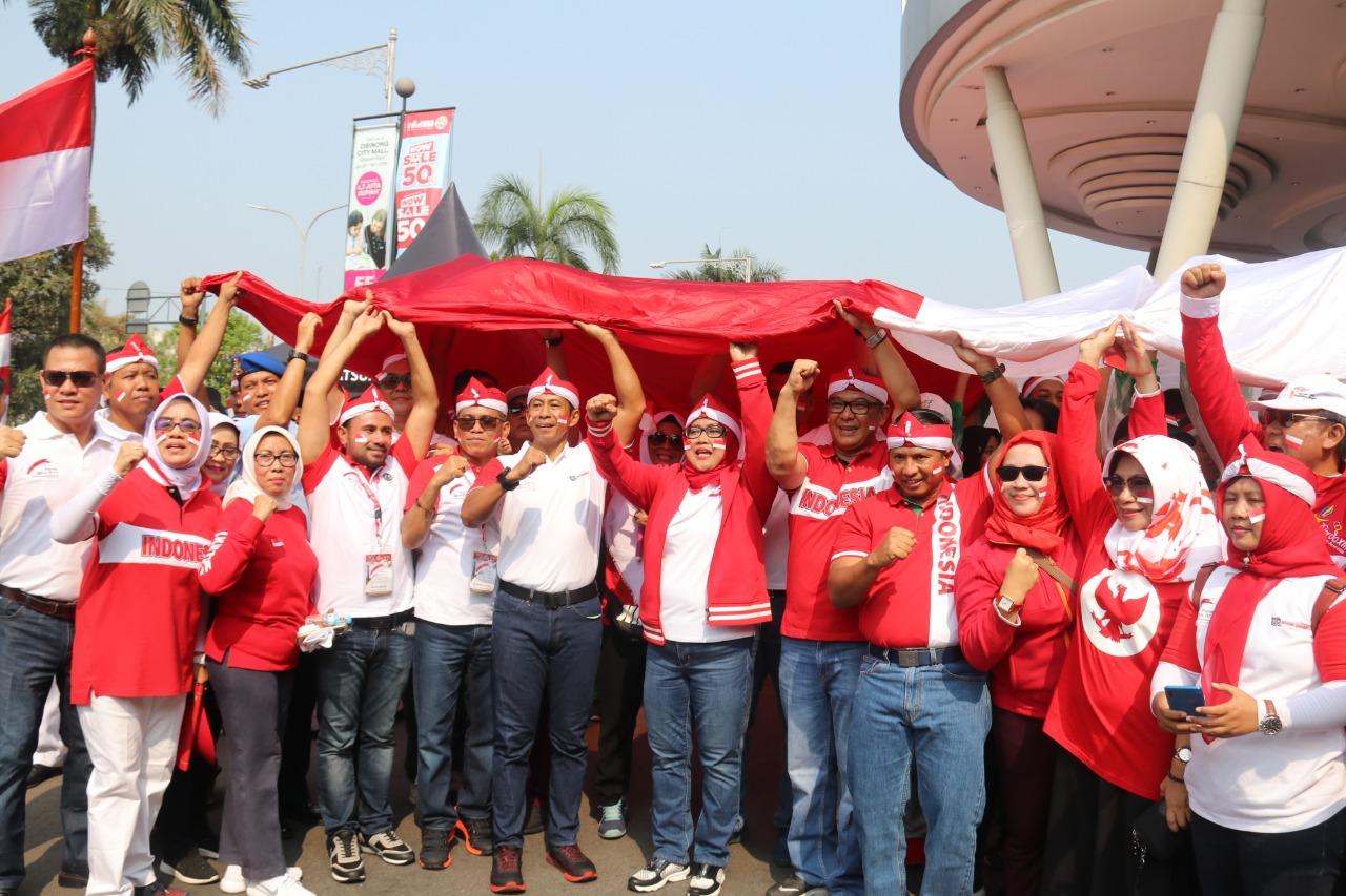 Kemeriahan Kirab Bendera Merah Putih