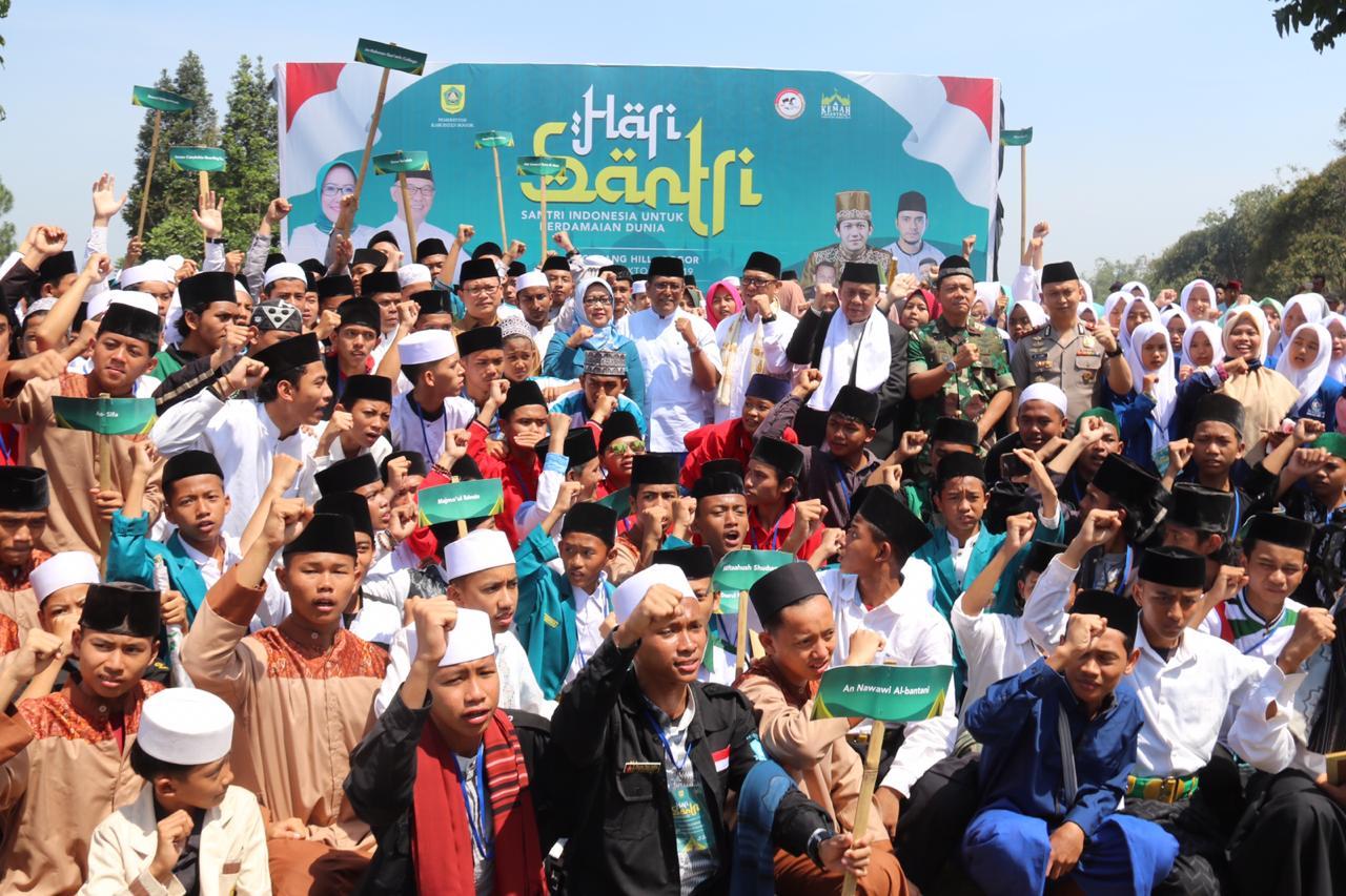 Ade Yasin : Santri Harus Berkontribusi untuk Pembangunan dan Kemajuan Bangsa Indonesia
