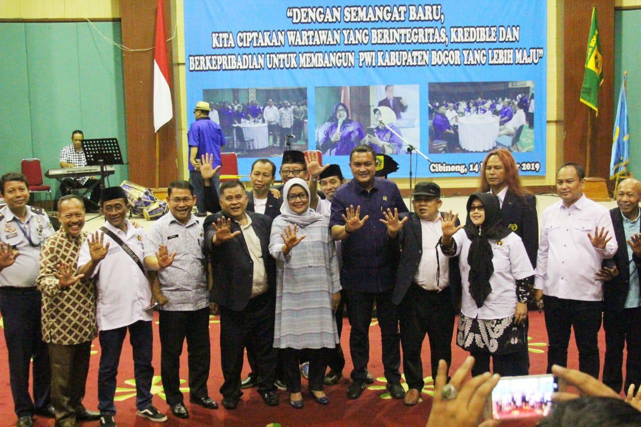 Bupati Bogor Hadiri Pengukuhan Anggota Muda PWI Kabupaten Bogor