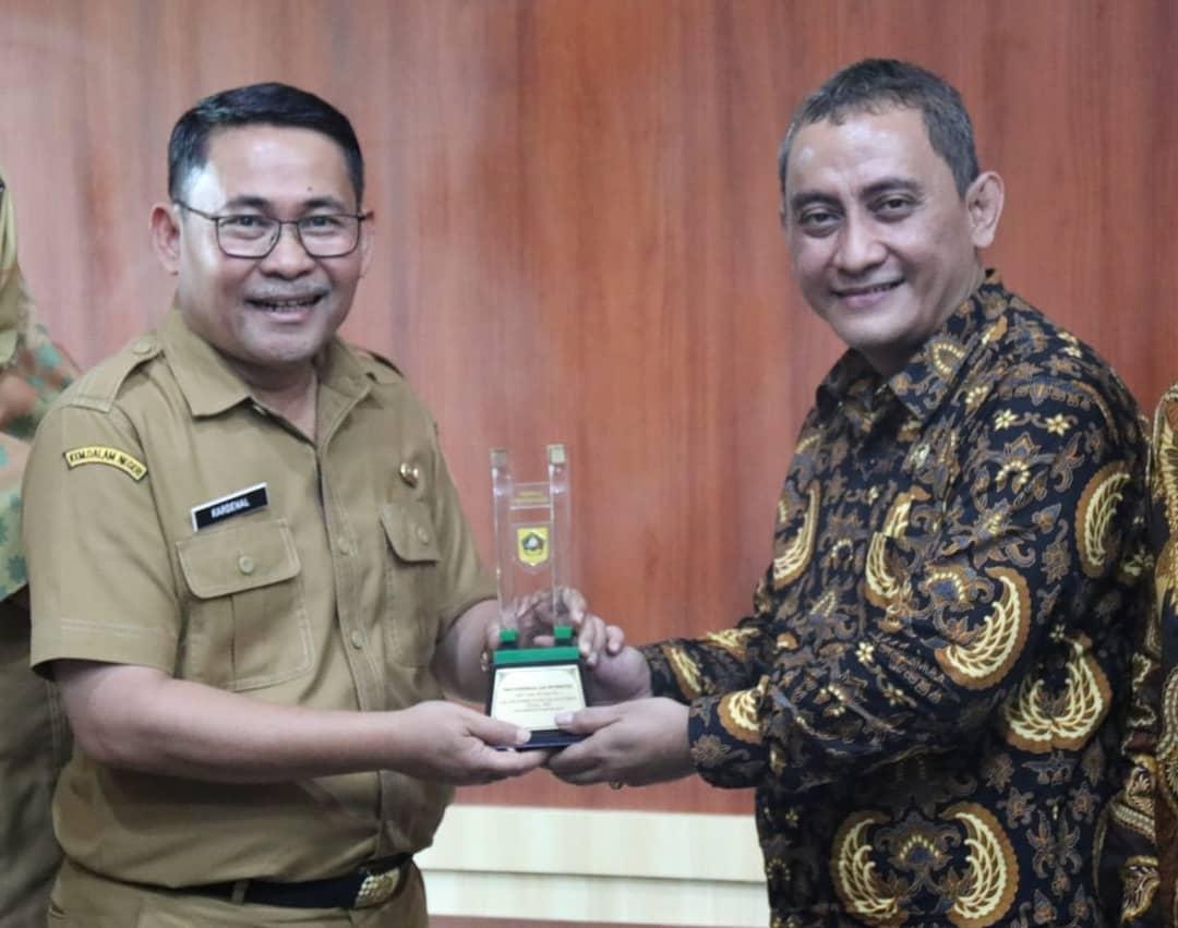 Tingkatkan Penataan dan Pengelolaan Informasi DPRD dan Pemkab Sukabumi Kaji Banding ke Diskominfo Kabupaten Bogor