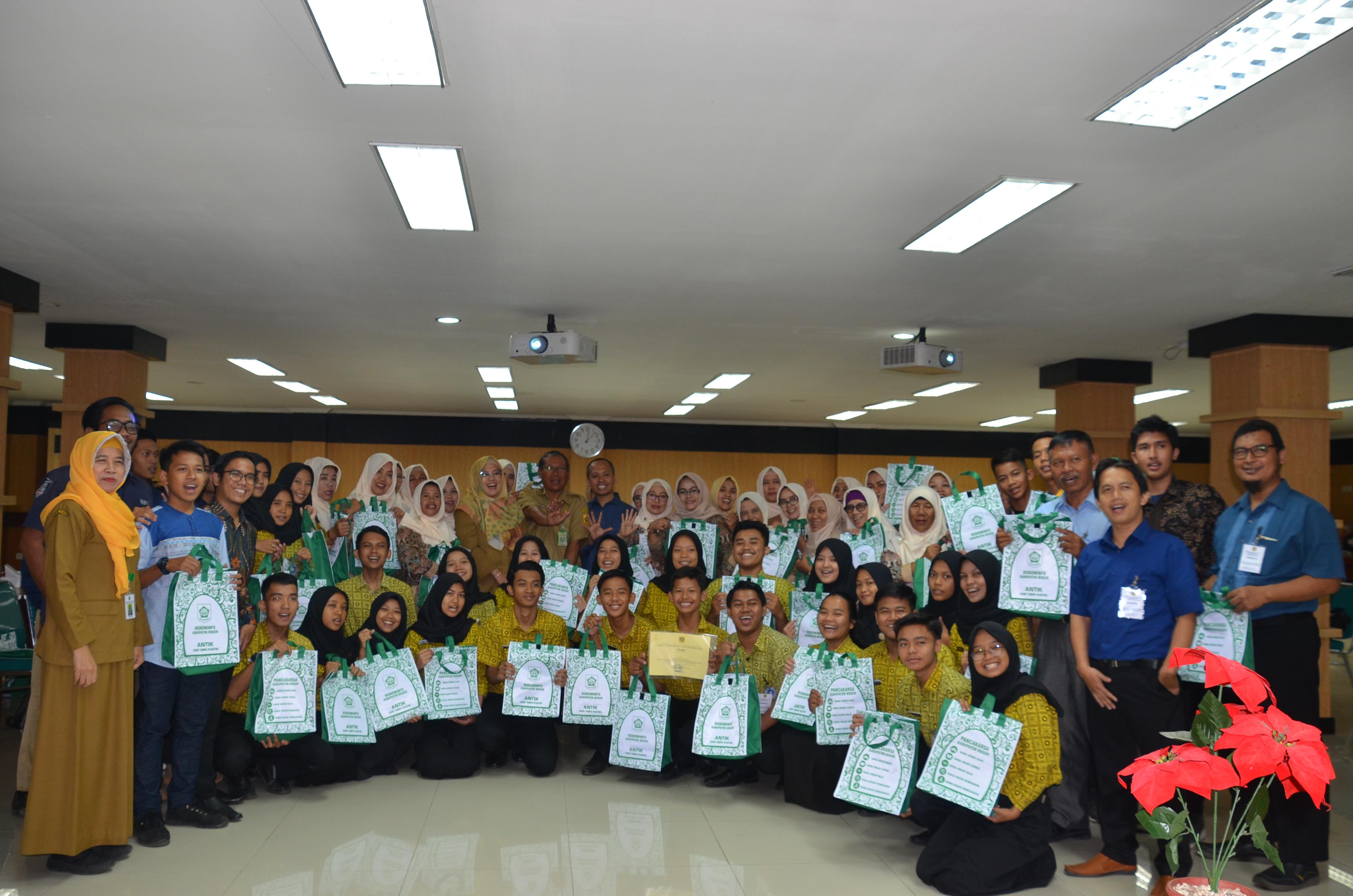 Pelajar dan Pemuda Diajak Melek Teknologi dan Peduli Lingkungan Dorong Pembangunan Kabupaten Bogor