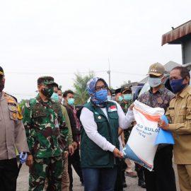 Hari ini, Bupati Bogor Mulai  Menyalurkan Bansos Beras untuk Masyarakat Yang Terdampak Covid-19