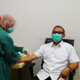 Sebelum di Vaksin Covid-19, Wabup Jalani Medical Chek Up dan Rapid Tes Antigen